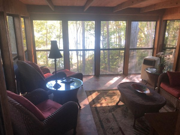 Great fall view form the glass patio, so peaceful quite just relax while the guys a out fishing for the big one. So nice relaxing in the evening while the steaks are on the grill, so what if it rains get a book or chose one of the many puzzles in the rental.